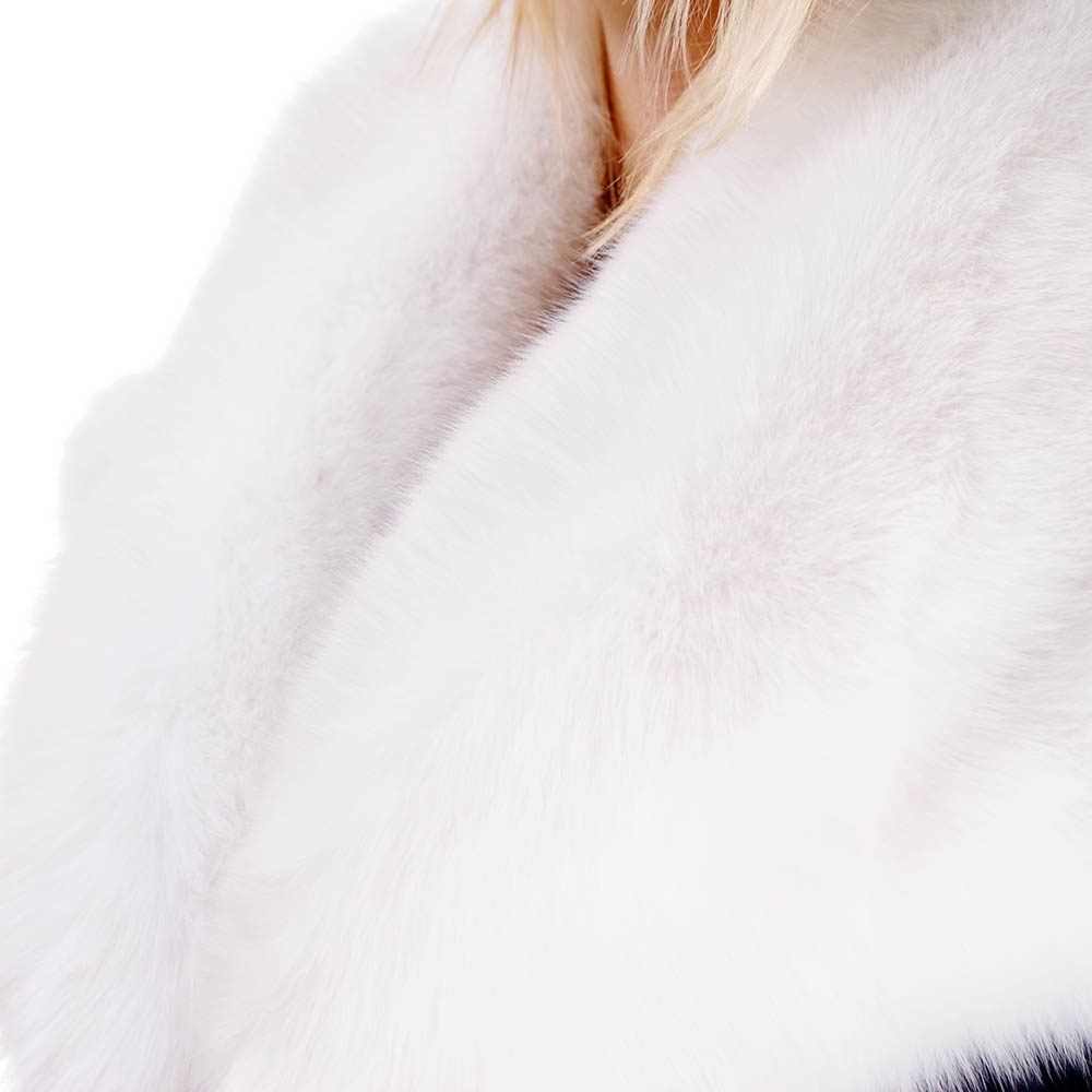 white fur stole paired - 1000×1000